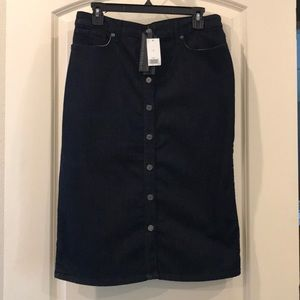 Banana Republic Denim Skirt NWT Size 10 Button up